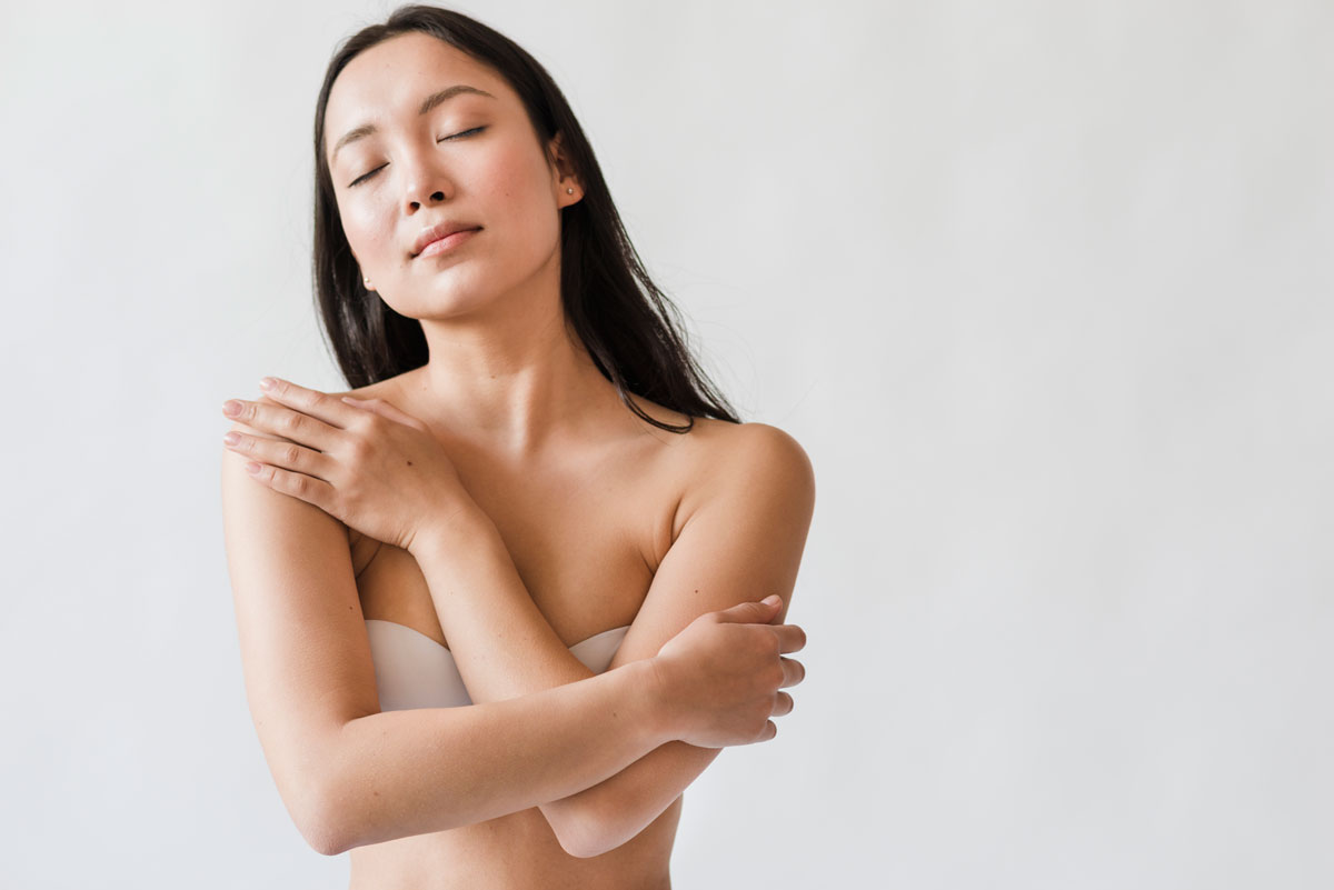 nude Chinese woman